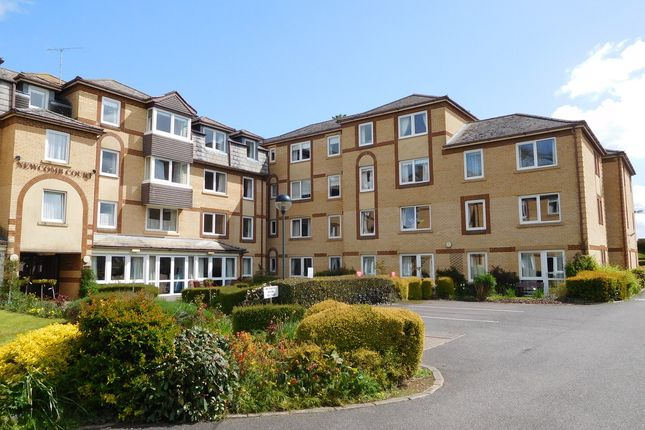 Thumbnail Flat to rent in Newcomb Court, Stamford
