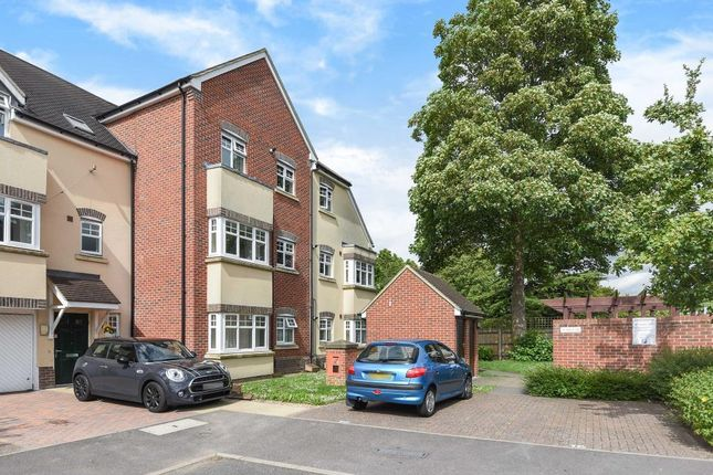 Thumbnail Flat for sale in Newbury, Berkshire