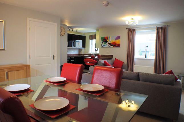 2 bedroom flat to rent in Naiad Road, Copper Quarter, Swansea