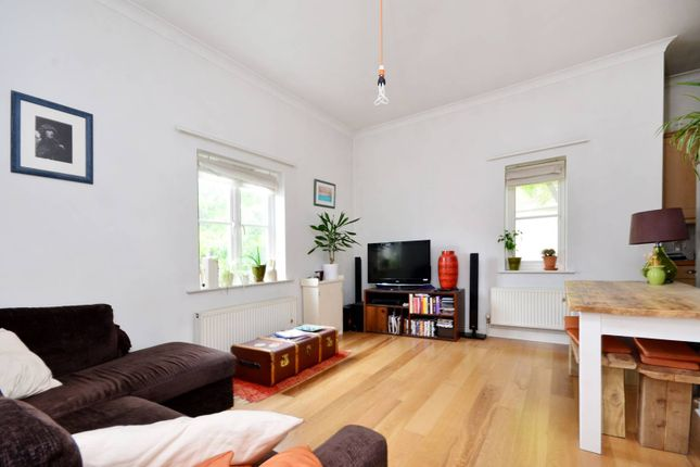 Thumbnail Flat to rent in Bristowe Close, Brixton