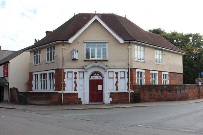 Thumbnail Leisure/hospitality to let in High Street, Totton, Southampton