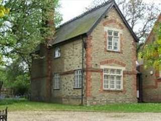 Serviced office to let in The School House, Peterborough