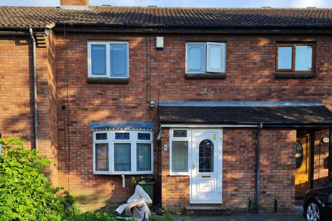 3 bed terraced house to rent in Hollands Walk, Basildon SS16
