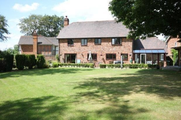 Thumbnail Property to rent in Beedingwood Drive, Forest Road, Colgate, Horsham