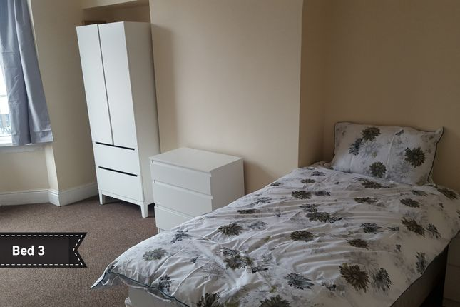 Room to rent in Summerville Terrace, Harborne Park Road, Harborne, Birmingham B17