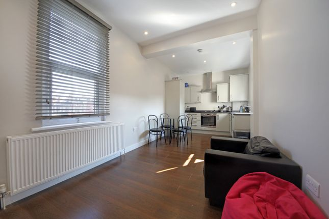Thumbnail Flat to rent in Regina Road, London