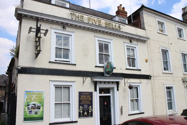 Thumbnail Pub/bar for sale in St Marys Square, Newmarket
