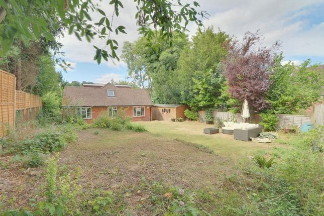 5 bedroom detached house for sale in Kenley Lane, Kenley