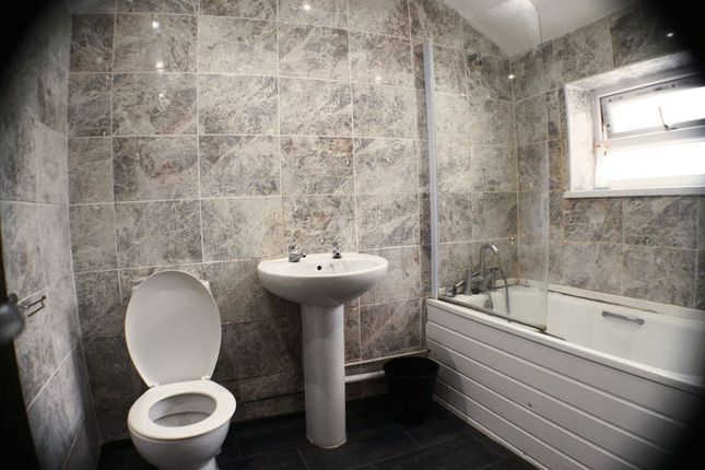 Thumbnail Flat to rent in Constellation Street, Roath, Cardiff