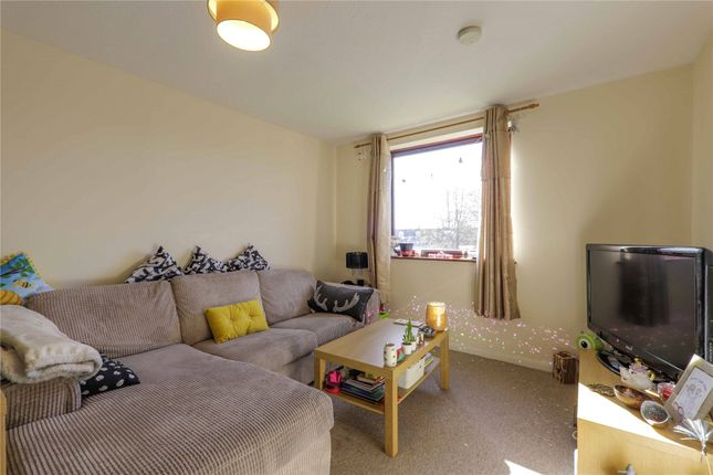 Living Room of Tippett Rise, Reading, Berkshire RG2