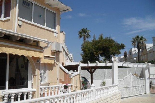 2 bed town house for sale in Guardamar, Alicante, Spain