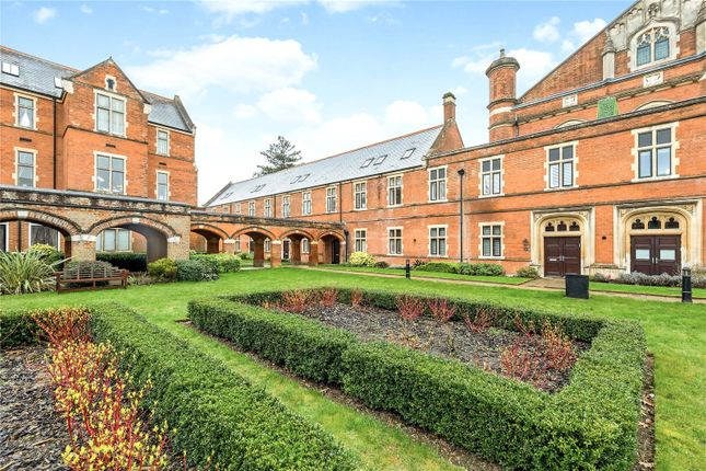 Thumbnail Terraced house to rent in Devonshire House, Marlborough Drive, Bushey