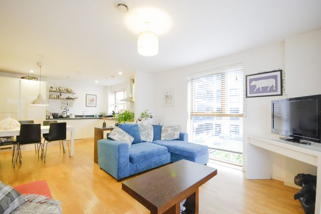 Thumbnail Flat for sale in St. James House, 52 Blackheath Hill, Greenwich