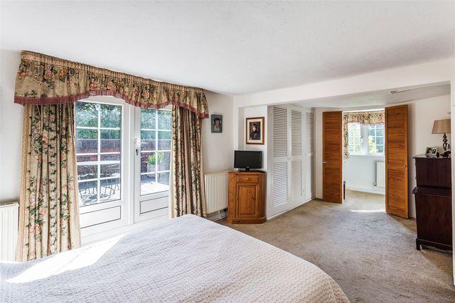 Picture No. 09 of Brickhouse Lane, Newchapel, Lingfield, Surrey RH7