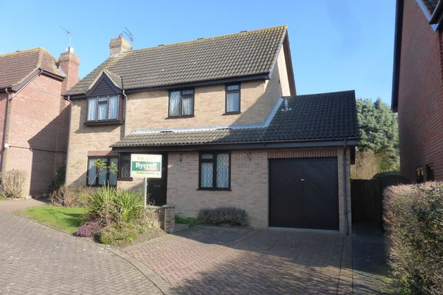 Thumbnail Detached house to rent in Cromarty Way, Caister-On-Sea, Great Yarmouth
