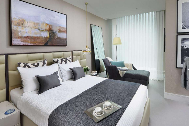 Thumbnail Flat for sale in City Road, Barbican