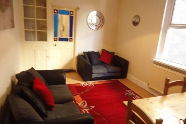 Thumbnail Property to rent in Wellfield Place, Roath, Cardiff