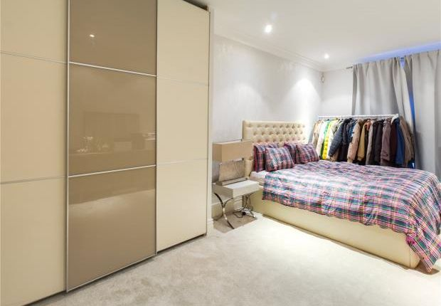 Bedroom 2 of New Hereford House, 129 Park Street, Mayfair, London W1K