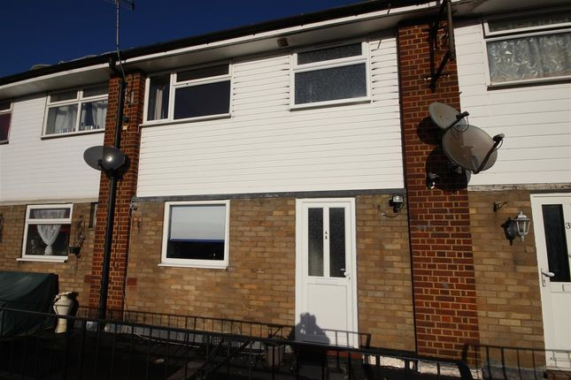 Thumbnail Property to rent in Liphook Road, Lindford, Bordon