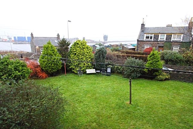 Garden At Back of Wood Street, Aberdeen AB11