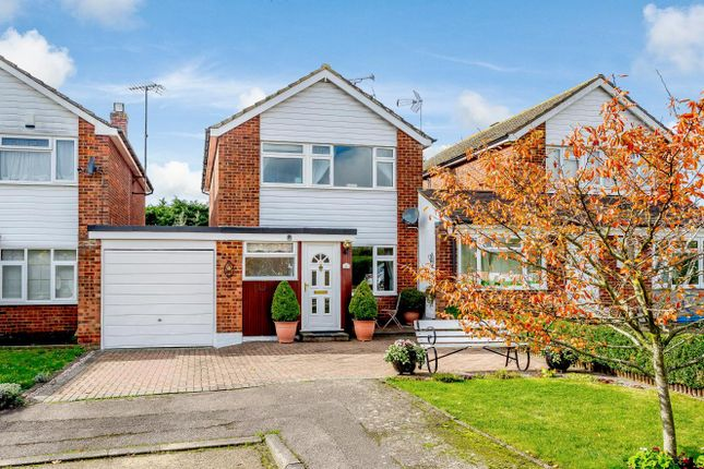 Thumbnail Detached house for sale in Woollard Way, Blackmore, Ingatestone