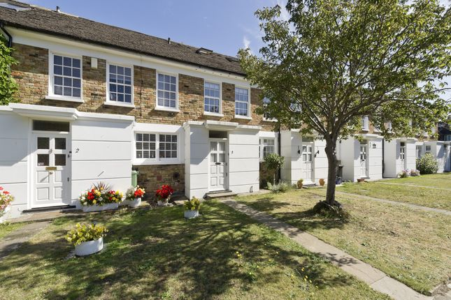 Thumbnail 5 bed terraced house for sale in Albany Close, London