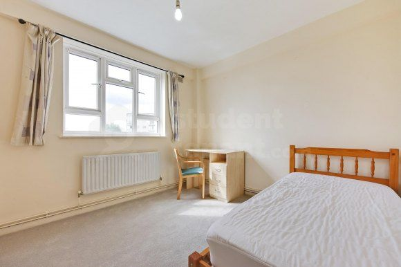 31Bed2Alr of Kingston Hill, Kingston Upon Thames, Greater London KT2