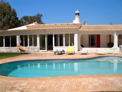 Thumbnail Villa for sale in Penina, Alvor, Portimão Algarve
