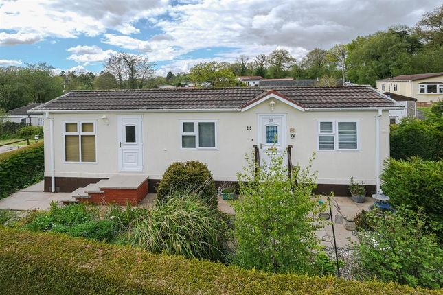 Thumbnail Mobile/park home for sale in The Glade, Caerwnon Park, Builth Wells