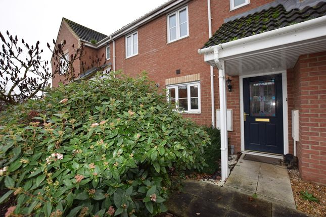2 bed terraced house to rent in Fox Hole Close, Warboys, Huntingdon PE28