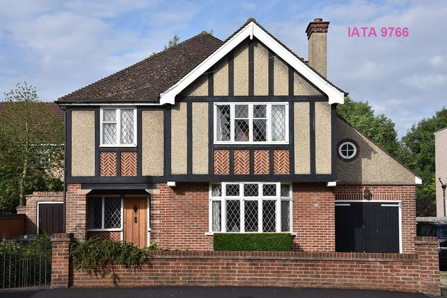 Thumbnail Detached house for sale in Park Avenue, Watford
