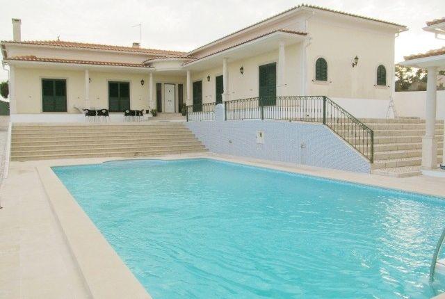 Thumbnail Villa for sale in 2500 Caldas Da Rainha, Portugal