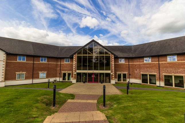 Thumbnail Hotel/guest house for sale in Cullompton