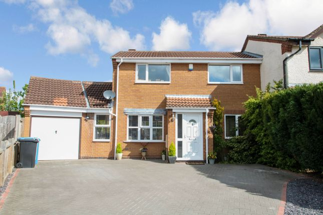 Thumbnail Semi-detached house for sale in Larkspur, Dosthill, Tamworth