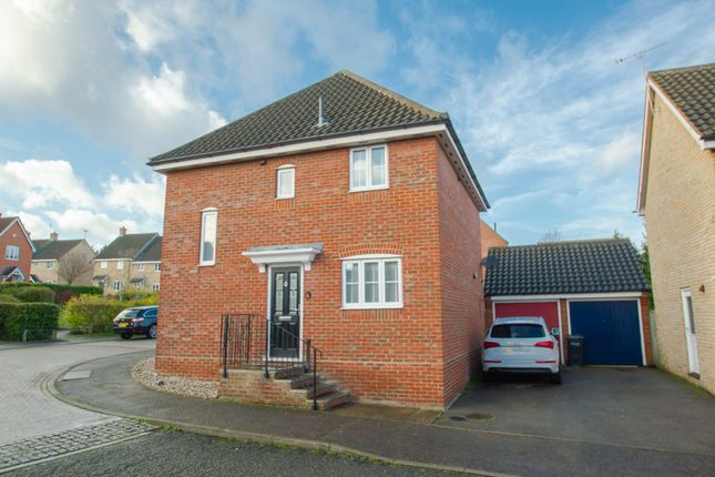 Thumbnail Detached house for sale in Boleyn Way, Haverhill