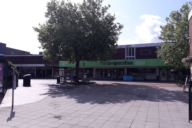 Thumbnail Retail premises to let in Unit 12/14 West Street, Portchester, Fareham