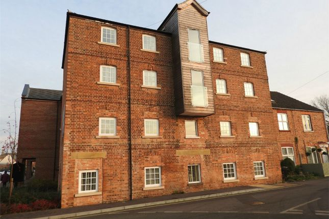 Thumbnail Flat to rent in 43 Wherrys Lane, Bourne, Lincolnshire