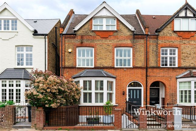 Thumbnail Town house for sale in Kenilworth Road, London