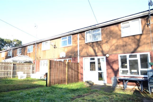 3 bed terraced house for sale in Firs Close, Finchampstead, Wokingham