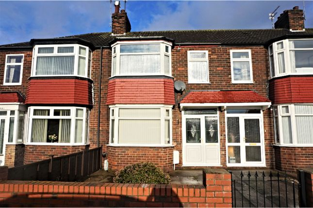 Thumbnail Terraced house for sale in Boothferry Road, Hessle