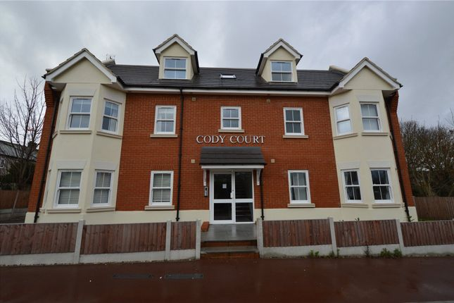 Thumbnail Flat for sale in Shakespeare Drive, Westcliff On Sea, Essex