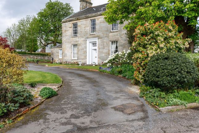 Thumbnail Town house for sale in The Upper Kirkhouse, Humbie Grove, Newton Mearns