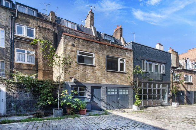 Thumbnail Property for sale in Warren Mews, London
