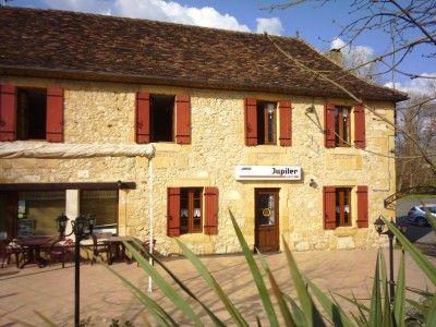 Thumbnail Pub/bar for sale in Lalinde, Dordogne, France