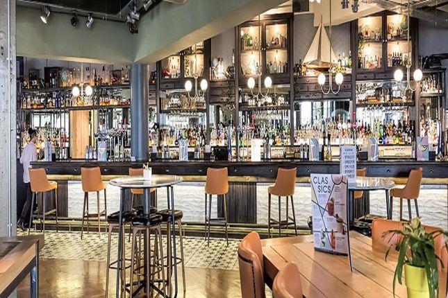 Thumbnail Restaurant/cafe to let in Kilburn High Road, London