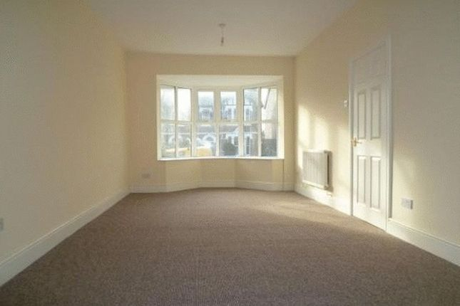 Thumbnail Terraced house to rent in Station Road, Pontnewydd, Cwmbran