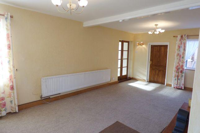 Lounge of Tamworth Road, Keresley, Coventry CV6