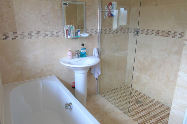 Family Bathroom of Greenside Avenue, Aintree, Liverpool L10