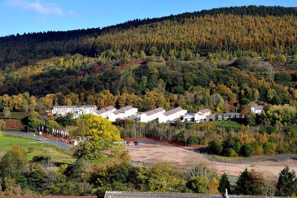4 bedroom detached house for sale in Ymyl Yr Afon, Merthyr Vale