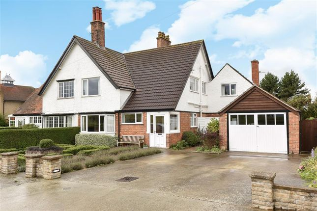 Thumbnail Cottage for sale in Drummond Road, Skegness, Lincs
